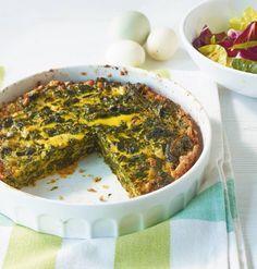 So gut ist einfach:Eier, Käse, Spinat und Gewürze im Ofen backen. Plus Salat de luxe!