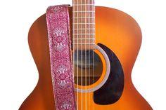 Weiteres - Hanf Gitarrengurt - Red Paisley und Leder - ein Designerstück von FeedbackStraps bei DaWanda