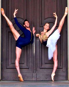 Saverio Pescucci and Sara Murawski, Corps de Ballet with the Dresden Semperoper, Germany.