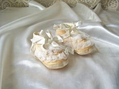 Vintage Peach Baby Shoes by cynthiasattic on Etsy, $18.00