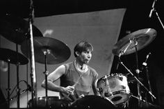 ballytableking:    Charlie Watts at the Rupp Arena in Lexington, Kentucky, December 11, 1981.