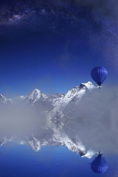 Beautiful hot air balloon reflection