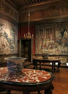 tapestries in the Château de Vaux-le-Vicomte - 1658 to 1661 - architect Louis Le Vau