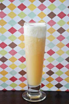 Frozen Butterbeer (For the butterbeer: 1 1/2 cups cream soda 6 tablespoons butterscotch schnapps 2 cups ice For the foamy topping: 6 tablespoons heavy cream 1 tablespoon butterscotch schnapps)