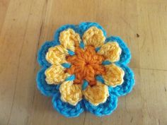 40 Crochet flowers and a caravan | pinkfluffywarrior
