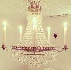 Beautiful Cristall crown. Sweet Home, Chandelier, Ceiling Lights, Lighting, Beautiful, Home Decor, Candelabra, Decoration Home, House Beautiful