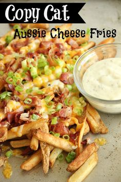 Copy Cat Aussie Cheese Fries - These loaded french fries make an excellent side dish, appetizer, or snack idea! Potato Dishes, Potato Recipes, Appetizer Recipes, Dinner Recipes, Party Appetizers, Fondue Recipes, Sangria Recipes, Pizza Recipes, Recipe Collector