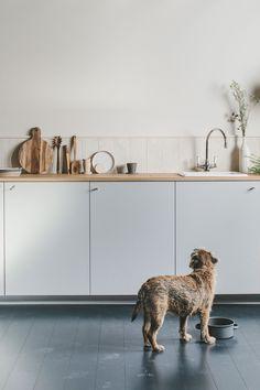HUSK · Beautifully simple custom-made fronts for IKEA cabinets Ikea Variera, Ikea Duktig, Ikea Sofa, Ikea Furniture, Howdens Kitchens, Ikea Kitchens, Pretty Pegs, The Frugality, Kitchen Post