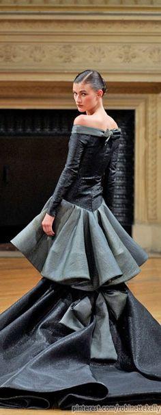 Alexis Mabille Haute Couture | Fall 2011 Lanvin, Givenchy, Balenciaga, Valentino, Grey Fashion, High Fashion, Fashion Show, Glamour, Street Style 2014