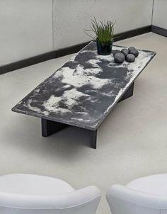 Concrete Coffee Table LOVE THE PATTERN. WONDER HOW THEY DID THIS??