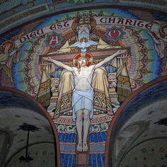 Mosaïque de la Crypte de la Basilique de Lisieux (France) - René de CRAMER Peintre, Illustrateur et Jean GAUDIN Peintre-verrier et Mosaïste