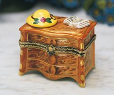 Limoges Dresser with Hat and Book Box#LİMOGES##BOX#