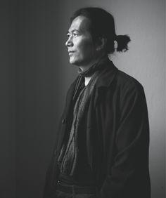 Filosoof Byung-Chul Han: 'als alles om jezelf draait, is het onmogelijk een ander lief te hebben.'