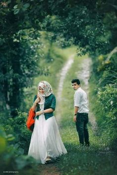 How To Look Your Best On Your Wedding Day. On your big day, all eyes will be on you so you definitely want to look your best. Best Couple Pictures, Love Couple Images, Wedding Couple Photos, Couples Images, Wedding Pics, Wedding Images, Wedding Couples, Couple Dps, Film Pictures