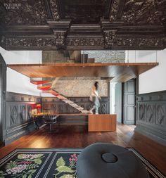 ES1Arq Renovates An 18th-Century Portuguese Farmhouse