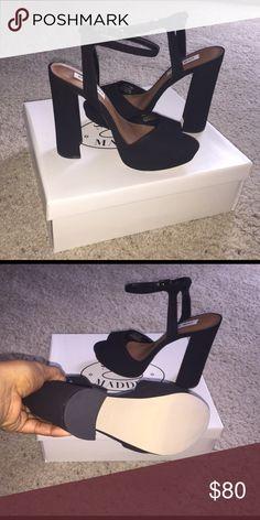 NEW Steve Madden Platform Sandal Brand New Steve Madden Platform Sandal . SIZE 8.5 in BLACK. **Serious offers only. Price is Negotiable** Steve Madden Shoes Heels