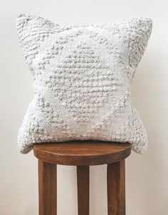 White Boho Diamond Pillow Cover White Bohemian Fringe Pillow | Etsy White Decorative Pillows, White Pillows, Decorative Pillow Covers, Geometric Cushions, Geometric Pillow, White Bohemian, Leather Pillow, Fur Throw Pillows, Bohemian Pillows