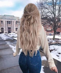 25 amazing winter hairstyles that are popular these days - # amazing . - 25 amazing winter hairstyles that are popular these days – # amazing days - Winter Hairstyles, Pretty Hairstyles, Braided Hairstyles, Prom Hairstyles, Long Hair Hairstyles, Amazing Hairstyles, Christmas Hairstyles, Hairdos, Simple Hairstyles For School