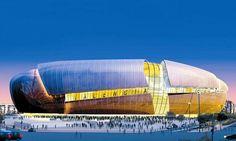 """""""Estadio Nou Mestalla"""". Valencia, España. Este magnífico estadio tiene una capacidad de 75'000 aficionados. Su diseño y su fachada futurista de aluminio se lo convertido en una de las principales atracciones de Valencia. Arquitecto: Arup Sport. (Reino Unido)."""
