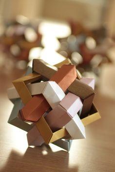 Esfera Decorativa - Kusudama Cuadrados - Origami Modular - $ 90,00