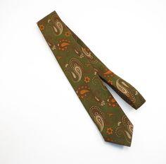 Funky Paisley Green and Orange Skinny Mid Century Mens Tie by Altio Vintage 1960s Necktie by VintageCreekside on Etsy