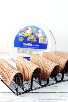 Choco-Taco Recipe with Smart & Final Warehouse Store - It's fun to make these Choco-Tacos at home! These homemade novelty treats are easy and they're - Ice Cream Taco, Ice Cream Waffle Cone, Ice Cream Treats, Waffle Cones, Ice Cream Desserts, Ice Cream Recipes, Waffle Cone Recipe, Waffle Recipes, Waffle Taco