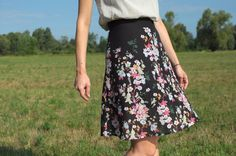 Ladulsatina DIY wedding party outfit: self-drafted skirt flowered pattern front