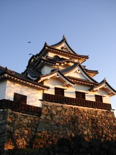 Classified as an important National Cultural Asset and part of the top 100 castles, the Hikone Castle is one of the oldest intact Japanese Castles and it's one of the four historic castles in Japan considered National Treasures. Located in Shiga Prefecture near the largest lake in Japana, Lake Biwa, the three-story castle stand out through its beautiful Tenshu, ivory white walls surrounded by a double moat which together with the beautiful grounds and scenic views, makes it gorgeous from the…