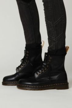 i want some sooo badlyyy black is really nice too Martins Doc 4c9c477d8d7
