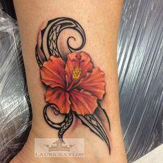 #monarchtattoohawaii#flowertattoo#polynesiantattoo#islandtattoo#hawaiitattoo#oahu#hawaiiartist#northshore#hauula#punaluu#hawaii#ladytattooer#neotat#ohanaorganics#tattoobutter