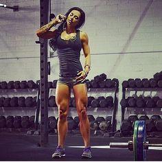 Female Form #StrongIsBeautiful #Motivation #WomenLift2 Ashley Horner