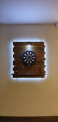Dartboard Ideas, Cork Dartboard, Small Game Rooms, Home Bar Rooms, Pallet Home Decor, Game Room Basement, Dart Board, Basements, Basement Remodeling