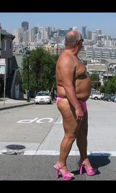 San Fransisco SEXPOT! Luvvv the Pink thong & heels!!