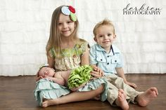 sibling with newborns christmas photo ideas | My amazing clients have such great taste in clothing. If you haven't ...