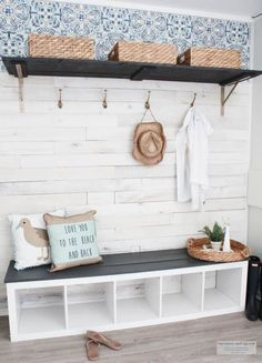 Budget Friendly Beach Cottage Mudroom and coastal cottage style This is an easy tutorial on how I created a beach cottage style mudroom by repurposing a book shelf, weaber lumber wall boards and a few accessories. Cottage Style Mudroom, Beach Cottage Style, Beach Cottage Decor, Coastal Cottage, Coastal Style, Coastal Living, Cottage Entryway, Beach Cottage Kitchens, Cottage Ideas