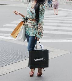Street Style, Paris, YSL Tribute, Hermes Belt, Shopping, Chanel