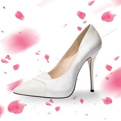 """Why you'll never see a woman with a bomb in her shoe: we have too much respect for shoes."" @rabbitgooing #shoes #heels #fashion"