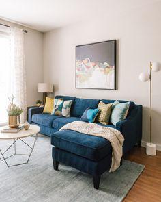 Apartment Design Blue Interior Design - My Website 2020 Blue Couch Living Room, Design Living Room, Living Room Sectional, Home Living Room, Living Room Decor, Blue Couches, Blue Yellow Living Room, Navy Sectional, Navy Sofa
