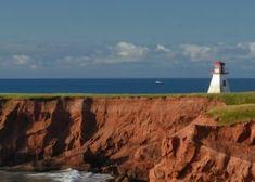 Phare du Cap-Alright - Phares - Attraits touristiques - Îles de la Madeleine pour des vacances et tourisme dans le Golfe du Saint-Laurent au Québec, Canada