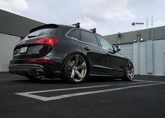 #MUC's | @rotiform @ayoandrsn @audigramm @audizine @accuair #bodenautohaus by boden_autohaus S8 Audi, Audi Rs, Black Audi, Black Cars, The Tig, Car Mods, Vw T5, Luxury Suv, Dashcam