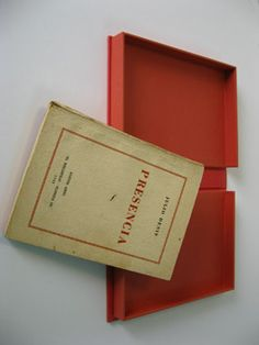 "Julio Denis. Presencia. ""El bibliófilo"", Buenos Aires, 1938. First Edition. Clamshell box. Outside of red cloth and inside of red Canson French Paper."