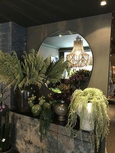 Abigail Ahern - Taking Risks Bohemian Furniture, Bohemian Bedroom Decor, Bohemian Chic Home, White Flower Arrangements, Dark Living Rooms, Home Decor Sites, Abigail Ahern, Dark Interiors, Decoration