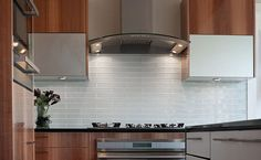 what color granite goes with white subway tile backsplash | White Glass Subway Tile Kitchen Backsplash