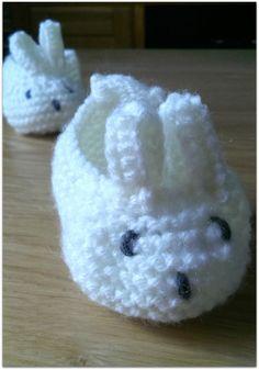 Baby Booties Knitting Pattern, Booties Crochet, Baby Hats Knitting, Knitted Baby Blankets, Crochet Baby Booties, Baby Bootees, Crochet Hats, Beanie Pattern, Crochet Dolls