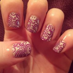 Purple swirl nailart - MoYou sailor plate 04 with accent nails MoYou pro plate 02.