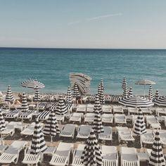 "atelier katayon on Instagram: ""@atelierkatayon ⚓️#PromenadeDesAnglais#beach#vacance #sud #FrenchRiviera #CotedAzur #summer#NiceFrance"""