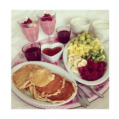 5SOS Picture Preference#94 Breakfast In Bed ❤ liked on Polyvore featuring food