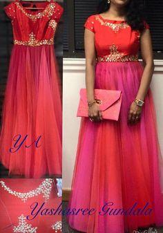 Long Dress Design, Dress Neck Designs, Saree Blouse Designs, Mommy Daughter Dresses, Mother Daughter Dresses Matching, Lovely Dresses, Modest Dresses, Long Kurta Designs, Long Gown Dress
