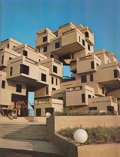 Habitat Montreal - One of Canada's most distinctive pieces of architecture. Another reason to visit Montreal. This one kind of looks like building blocks. It is so cute and bold-designed. You would like to visit this in Montreal. Unusual Buildings, Amazing Buildings, Interesting Buildings, Expo 67 Montreal, Montreal Ville, Montreal Quebec, Architecture Unique, Interior Architecture, Montreal Architecture