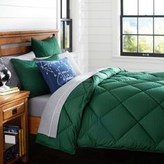 Solid Comforter + Sham, Green | PBteen